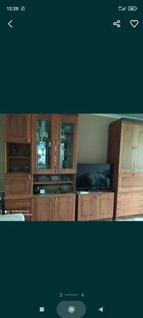 Продается стенка с мебелью