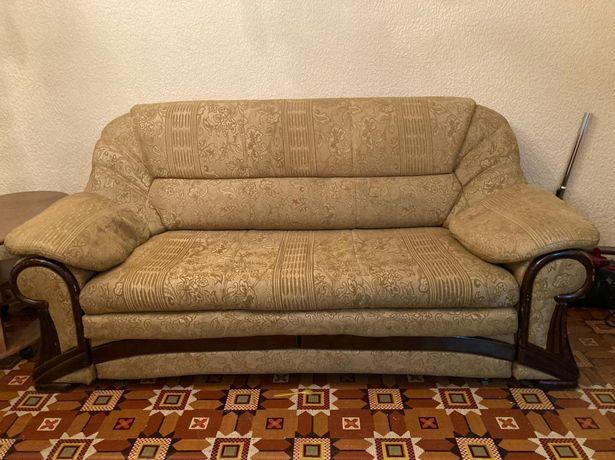 диван раскладной и кресло