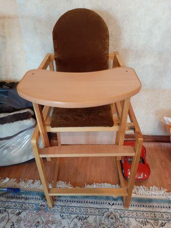 Детский стульчик со столом