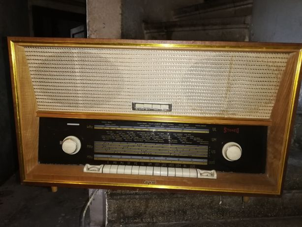 Radio vechi de colectie Capri vintage