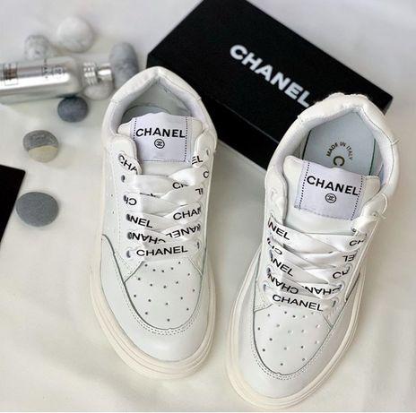 Обувь новая, стильная