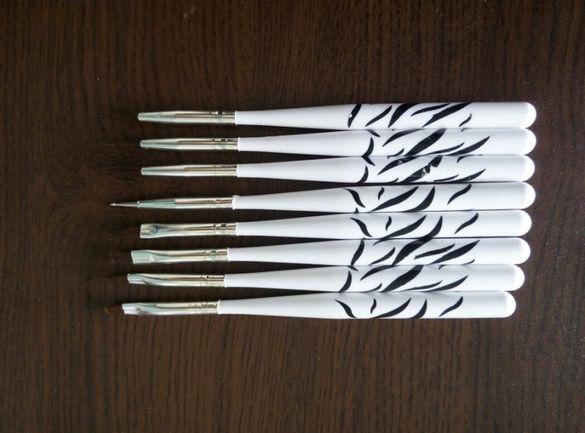 8 четки за декорация на маникюр