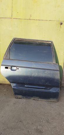Двери задние пассат Б3 универсал.
