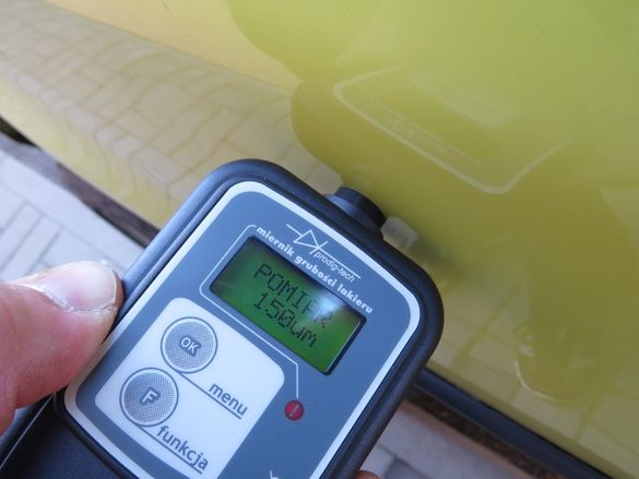 Дебеломер GL-1+ за измерване дебелината на боя на автомобили