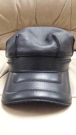 Новая кожаная мужская кепка