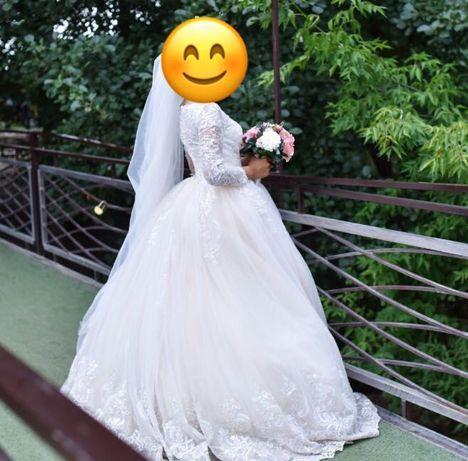 Срочно продам 2 свадебных платья (кыз узату)