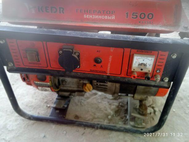 Генератор 230В 1.0-1.2 кВт
