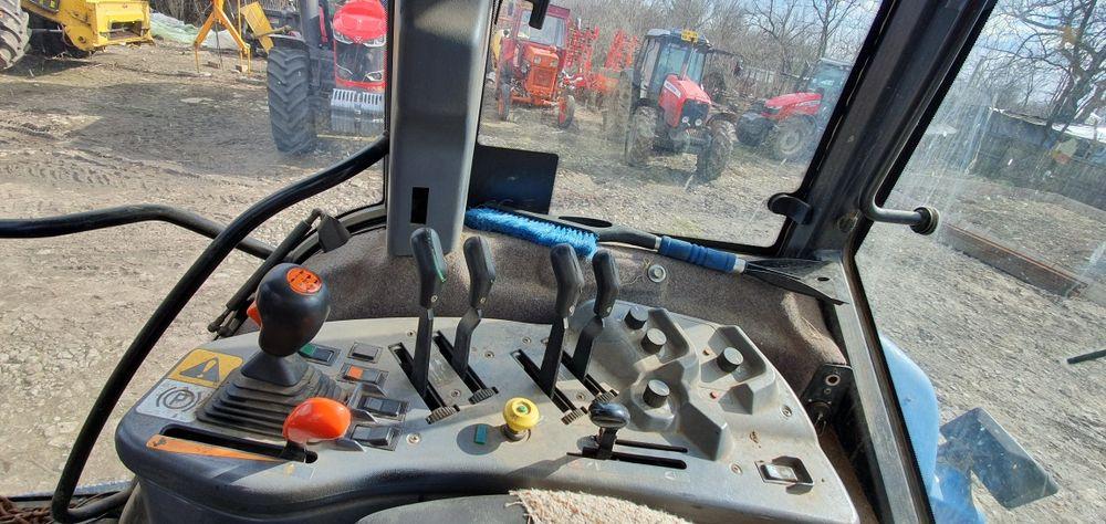 Tractor Ford New Holland Plopsoru - imagine 1