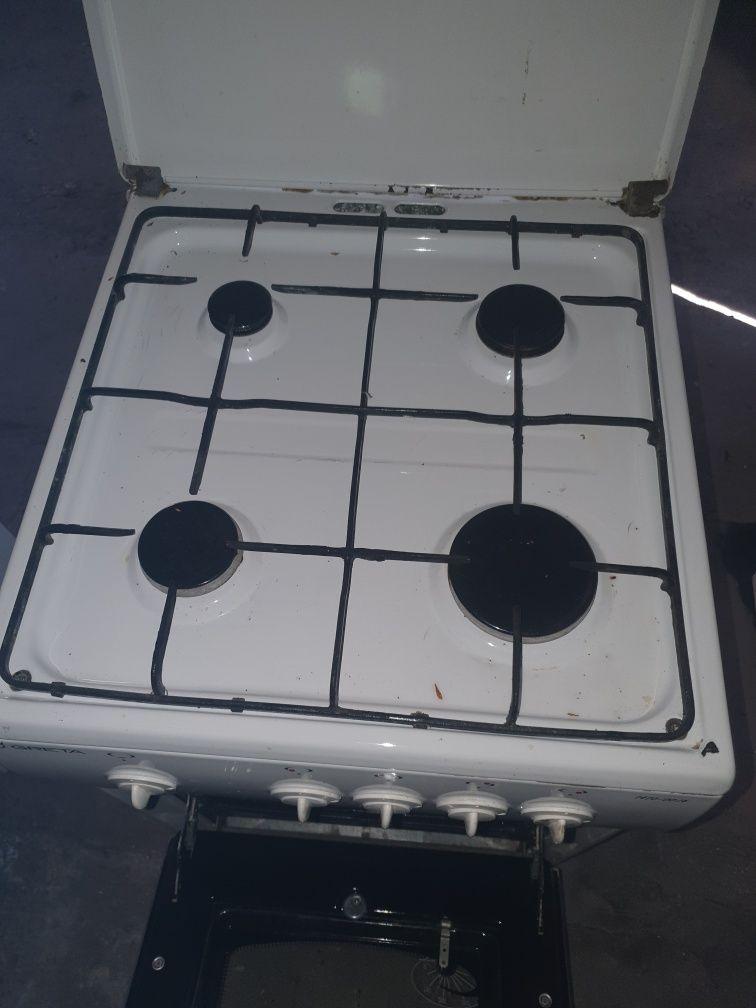 Продам газовую печь. Недорого.