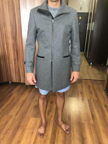 Мужское легкое пальто