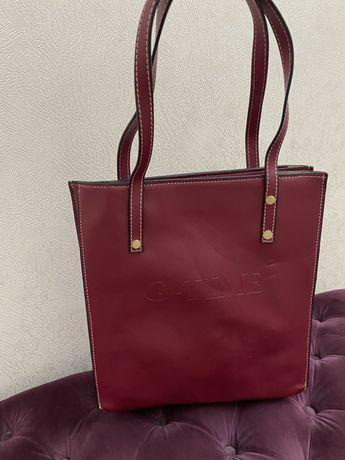 Женская вместительная сумка