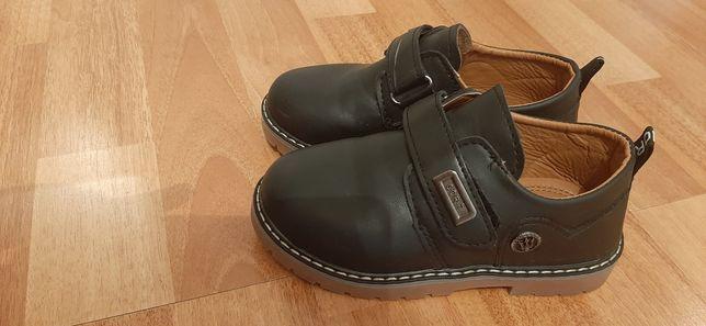 ботинка осенний новый 29 размер