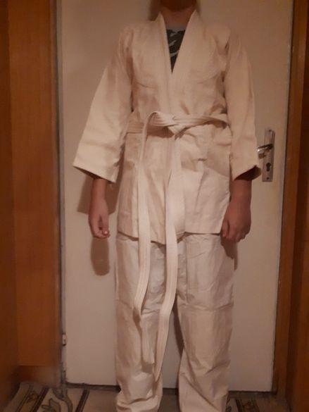 кимона за бойни спортове