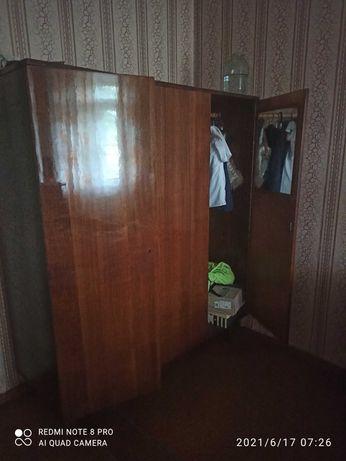 Шкаф, полки, тумбы, мебель