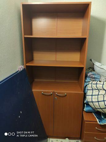 Шкаф офисный с тумбочками