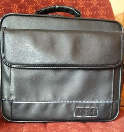Бизнес чанта IBM