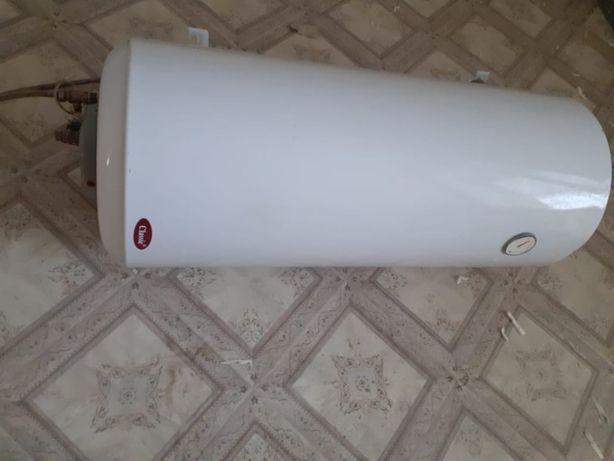 Продам аристон (водонагреватель)
