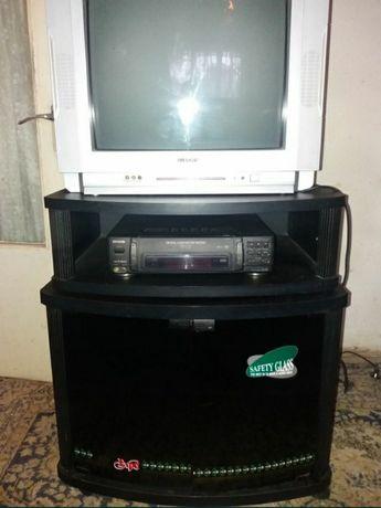 Vand comoda televizor