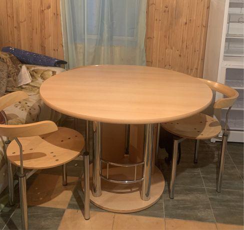 Стол со стульями (дерево)