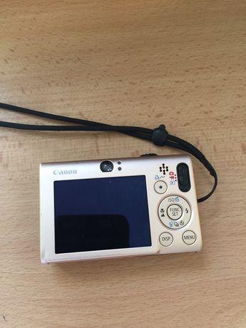 Canon Digital IXUS 80 IS Camera (8.0MP, 3x Optical Zoom) 2.5