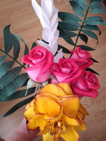 Buchete de flori din hârtie floristica.