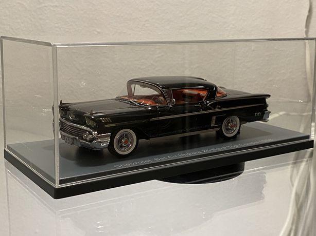Macheta 1:43 Chevrolet bel air impala Neo