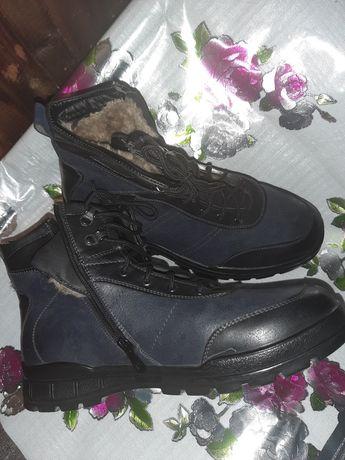 Ботинки мужские р42