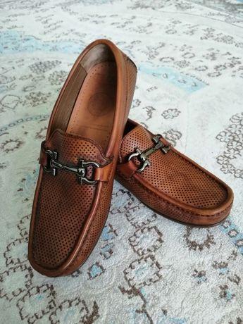 Обувь мужская, 40 рр. ФИРМА SMAN чистая кожа.