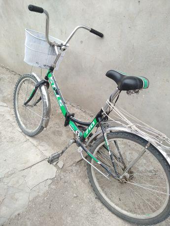 велосипед хороши продам хозяин один покрыгуи все новые на хаду бегает