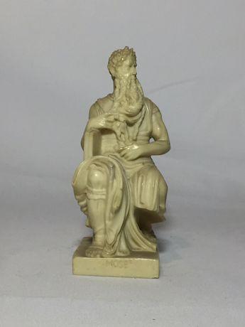 Statuie Moise