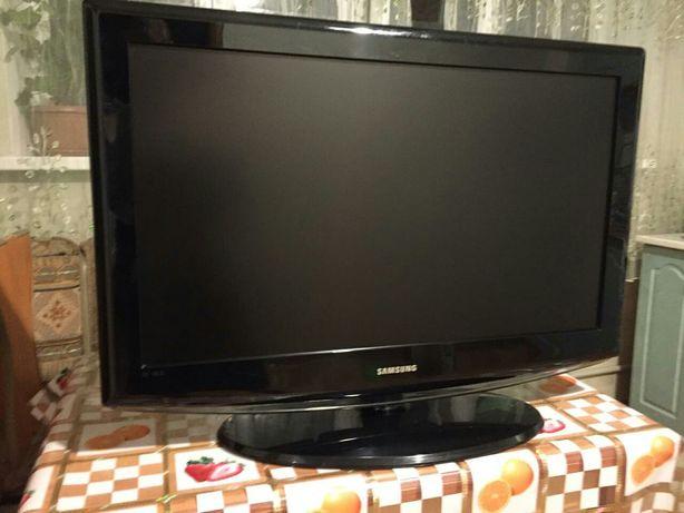 Продам телевизор Samsung, 81 см.