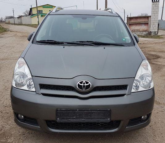 Toyota Corolla Verso 2.2 DCAT на части Тойота Корола Версо на части