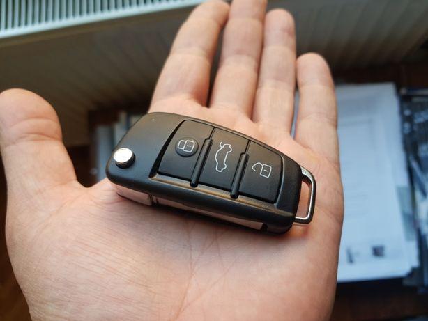 Carcasa cheie AUDI A4, A6, Q7 cu trei butoane tip briceag