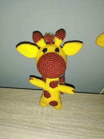 Плетена играчка жираф