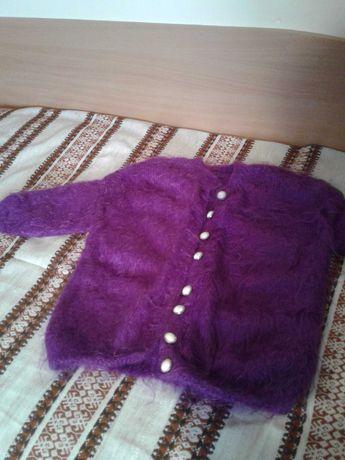Плетена детска жилетка и блуза