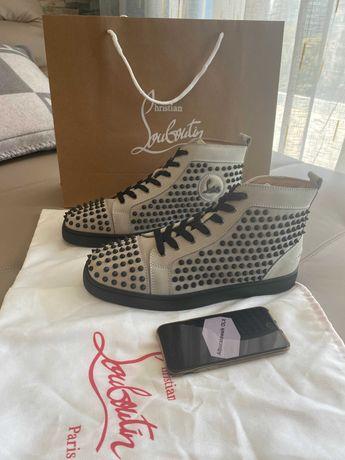 Louboutin Sneakersi 44 originali