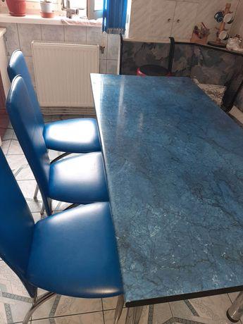 Masă și scaune bucătărie