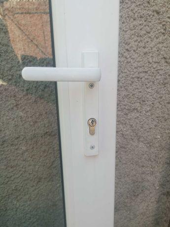 Ușă termopan de exterior