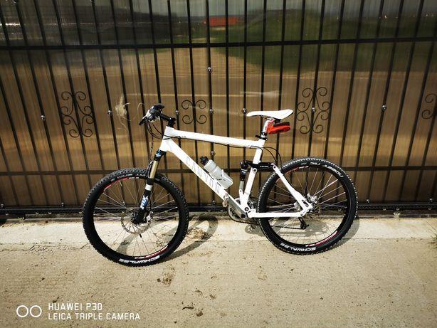 "Bicicleta Canyon 26"""
