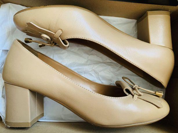 Pantofi piele nude Anna Cori, marimea 36, toc 5,5 cm