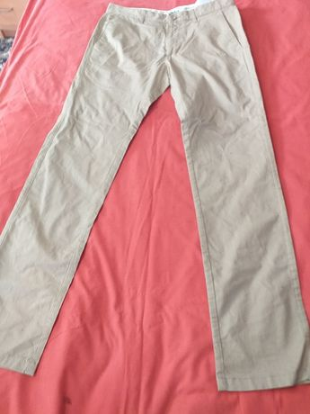 Pantaloni vara