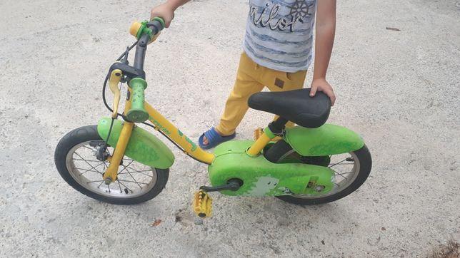 Vand bicicleta copii cu roti ajutătoare