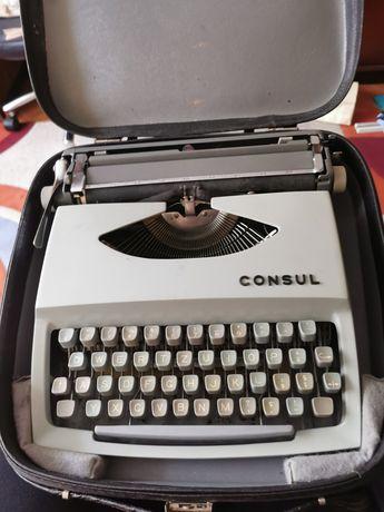Masina de scris vintage Consul