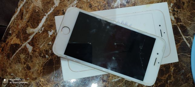 Срочно продаю айфон 6