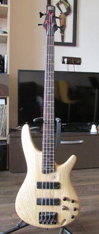 Продавам бас китара Ibanez SR600