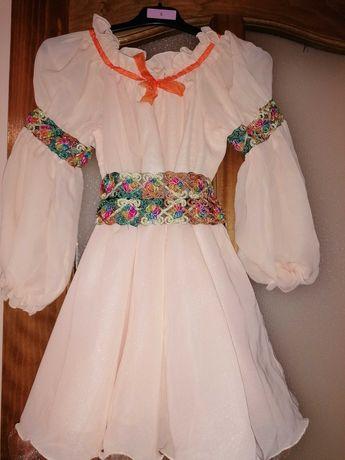 Vând rochie fetite
