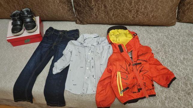 Детская одежда от трех до четырех лет