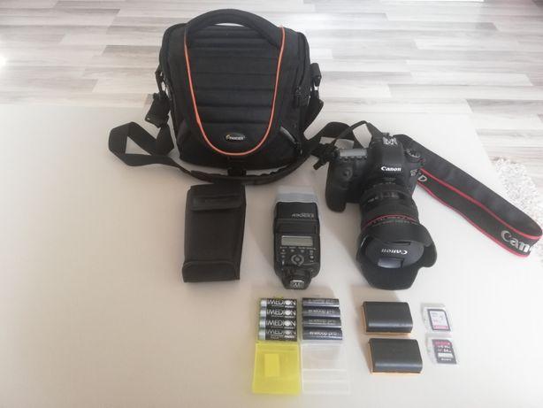 Canon Eos 6D (body+obiectiv)