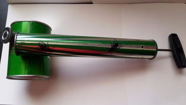 """Pompa pentru pulverizat insecticide Vintage ani """" 70"""