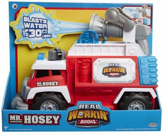 Camionul De Pompieri, Mr. Hosey, stropeste pana la 3 m!